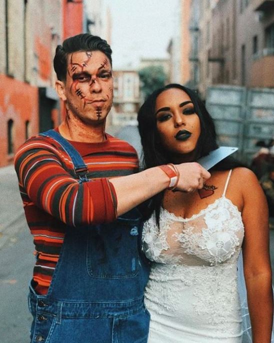 chucky and bride couple halloween costume - 50 Best Couples Halloween Costume Ideas for 2019