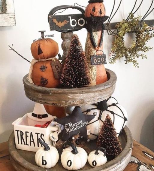 halloween tiered tray decor 4 - 19 Fabulous Halloween Tiered Tray Decor Ideas
