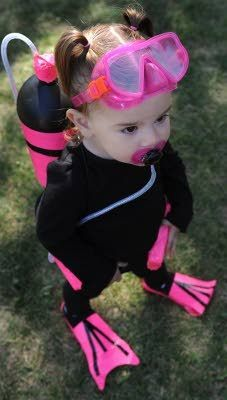 SUPER cute halloween costume for little girls! A scuba diver!