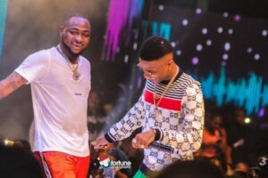 Few Hours After Davido Said He's The Biggest Artist In The Country, See Wizkid's Reaction