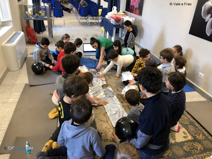 dreamers e valeria cagnina durante i laboratori di robotica educativa ad asti