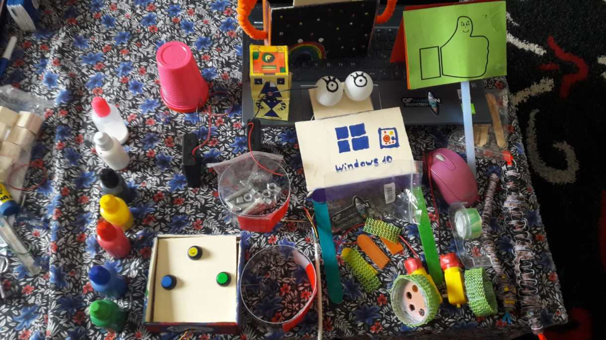 phygital game di ofpassion zoom bambini robot ofpassion laboratorio bambine