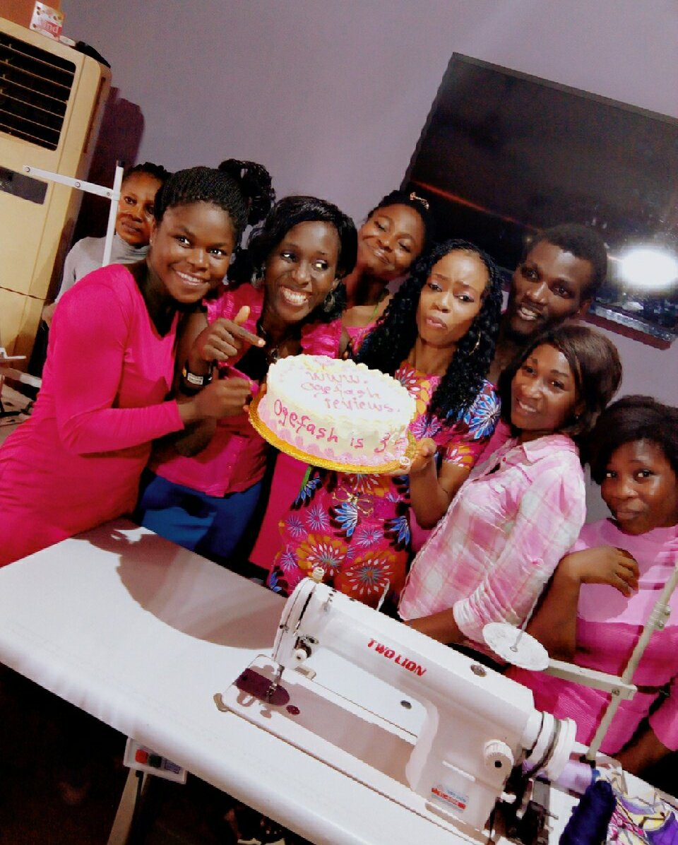"""Ogefash with classmates in a """"touch of pink"""" outfit. From Left- Funke, Benny Love, Debby, OGEFASH, Solomon, Tobi and Bunmi"""