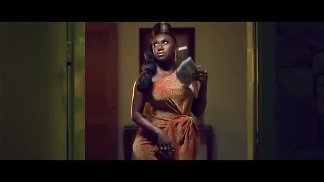 """(+LYRICS+MEANING+TRANSLATION) MUSIC EVIEW- DESIGNER BY NINIOLA FT SARZ """"WHO IS THE BRAIN BEHIND THIS BEAT?"""""""