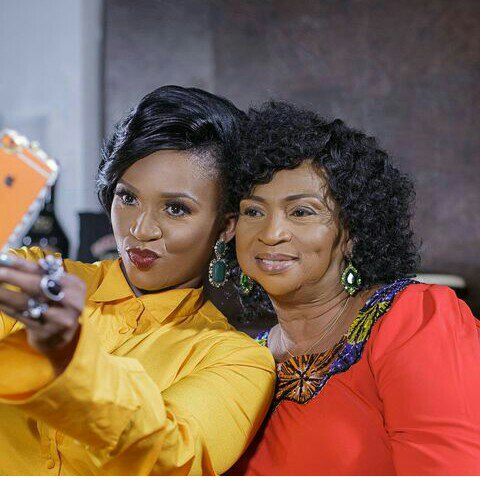 MEET SINGER, WAJE'S MUM, SISTER, AND ENTIRE FAMILY!