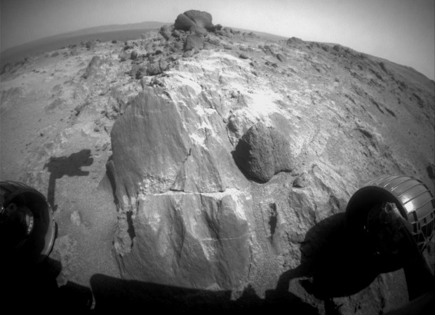 mars-rover-opportunity-weird-rocks
