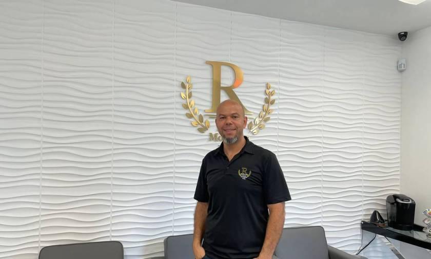 Lúcio Santana works in real estate financing in Deerfield Beach, Florida Photo: Personal archive