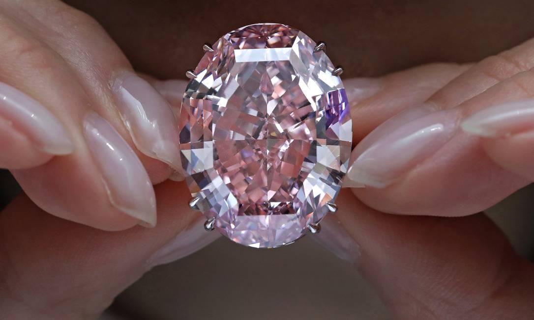 diamante rosa é vendido