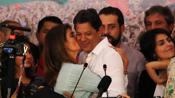 Resultado de imagem para Um dia após derrota, Haddad deseja 'sucesso' a Bolsonaro pelo Twitter