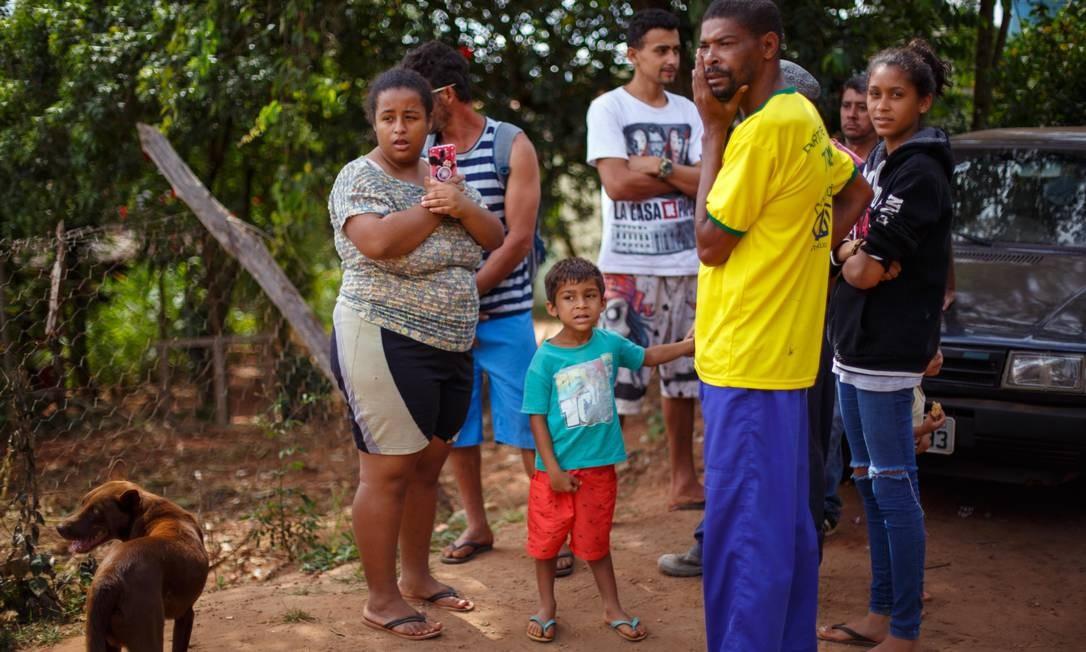 Diante do risco de rompimento da represa da Mina do Feijao, em Brumadinho (MG), famílias foram retiradas de suas casas neste domingo Daniel Marenco / Agência O Globo