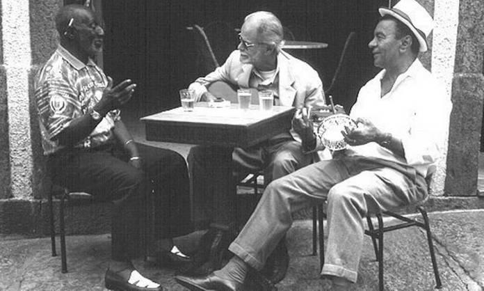 Trio de bambas: Nelson Sargento, Guilherme de Brito e Monarco em 2000 Foto: Divulgação