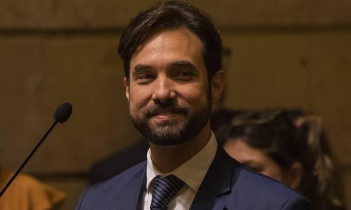 Dr. Jairinho at Rio's City Council. He is Henry's stepfather Photo: Gabriel Monteiro / Agência O Globo - 05/23/2019