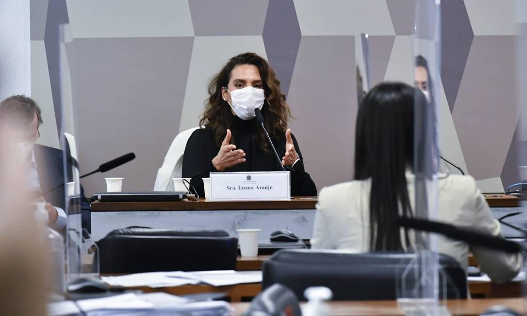 """Infectologista Luana Araújo, ex-secretária de enfrentamento ao coronavírus, chamou a discussão sobre o uso de medicamento sem eficácia para tratar o coronavírus de """"delirante"""": """"Essa é uma discussão delirante, esdrúxula, anacrônica e contraproducente"""" e reafirmou que """"o Brasil está na vanguarda da estupidez"""" Foto: Waldemir Barreto / Agência Senado - 02/06/2021"""