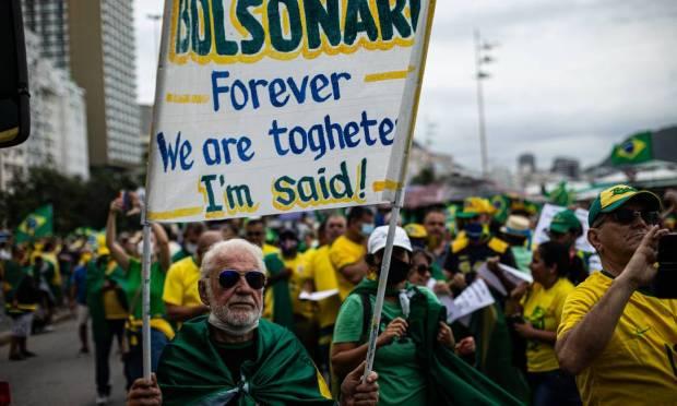 """Bolsonaro forever.  We are together.  I said""  Photo: Hermes de Paula / Agência O Globo"