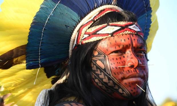 Indigenous people protest in front of the Supreme Court building, in Brasília Photo: Evaristo Sá / AFP - 09/01/2021