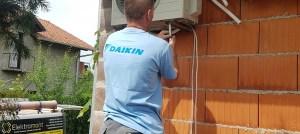 AKCIJA-Daikin 12 Klima A++ invereter SENSIRA novi model 2019 Elektromont Banja Luka 065 566 141