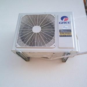 AKCIJA !!! Inverter klima Gree Lomo Wi-Fi -15C° cijana sa ugradnjom 980 KM 065 566 141 Elektromont Banja Luka