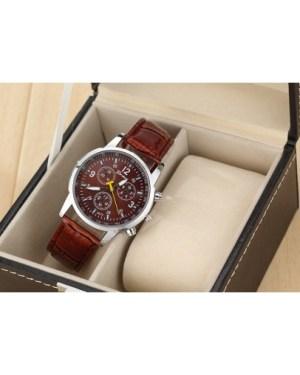 Стилен ежедневен мъжки часовник