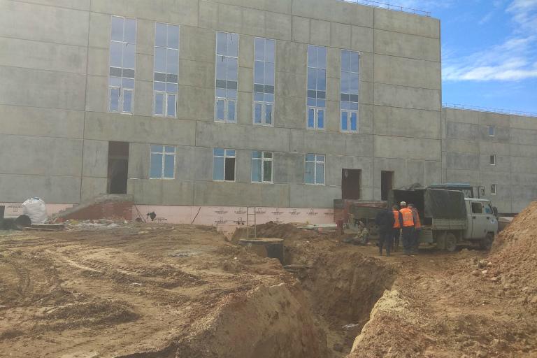 Новую школу в «Сайгатском» намерены построить вовремя