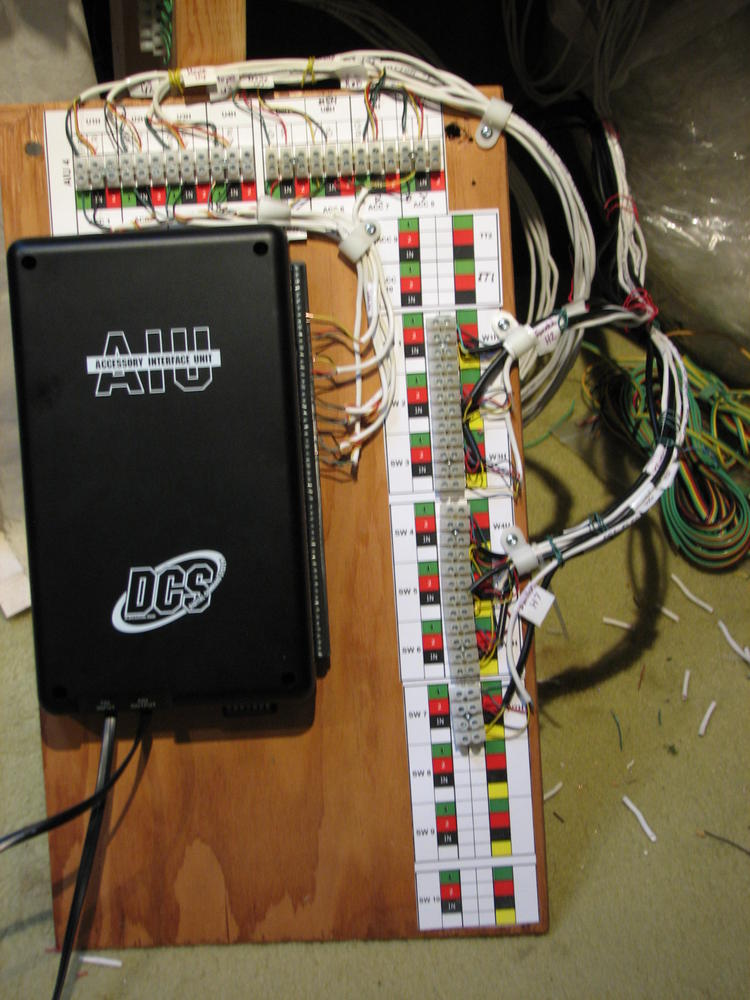 Dcs Wiring Diagram Connecting Lionel Fastrack Uncoupler To Aiu O Gauge