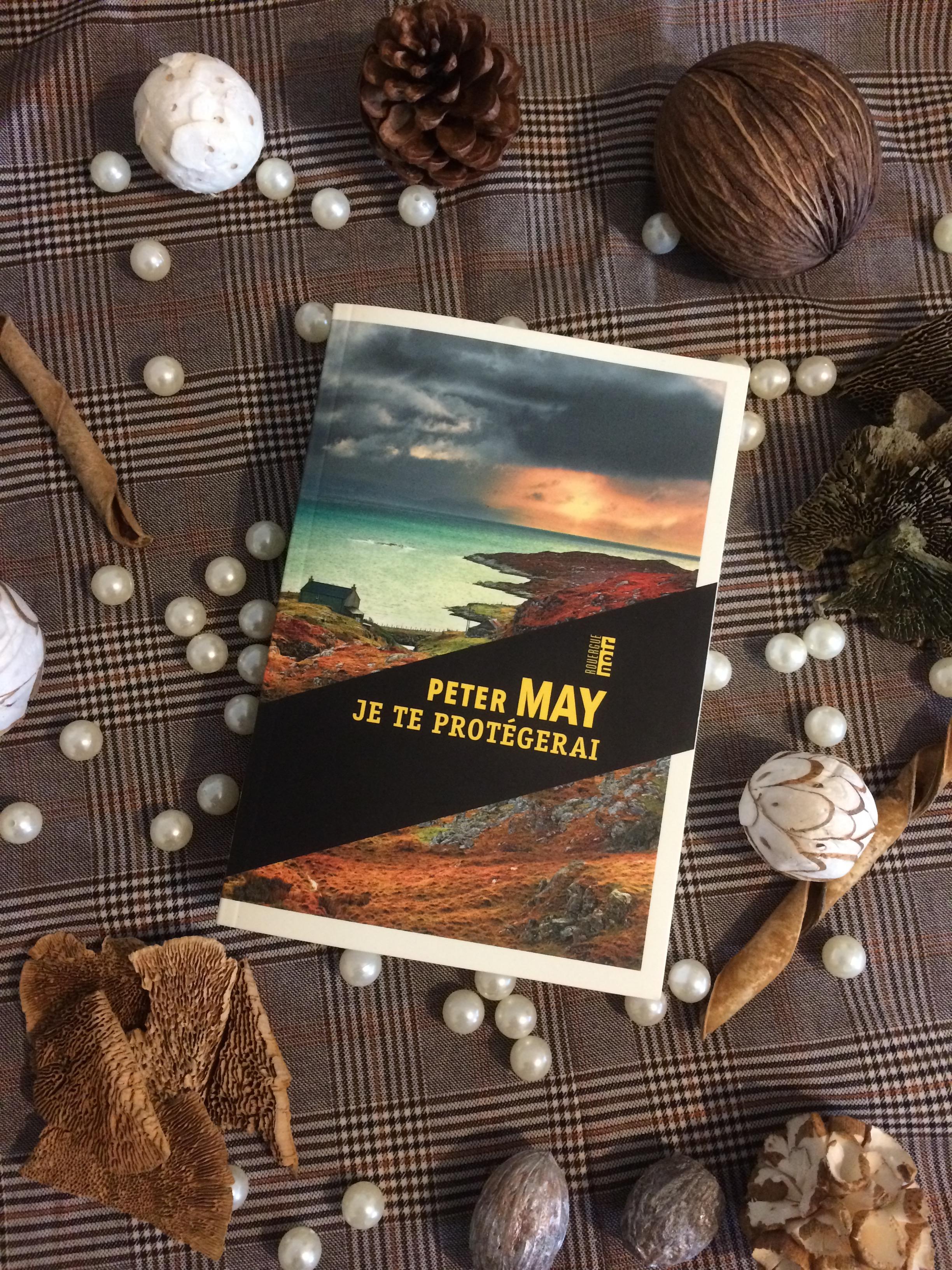 Peter May Je Te Protegerai : peter, protegerai, Protègerai, Grimoire