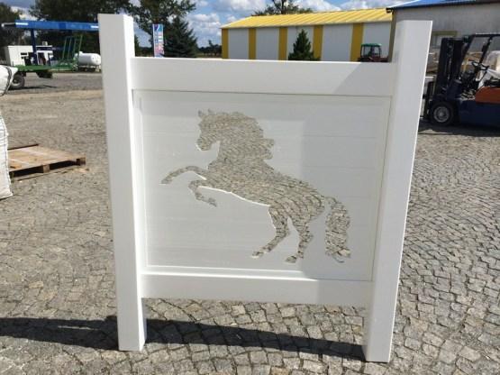 Brama z koniem