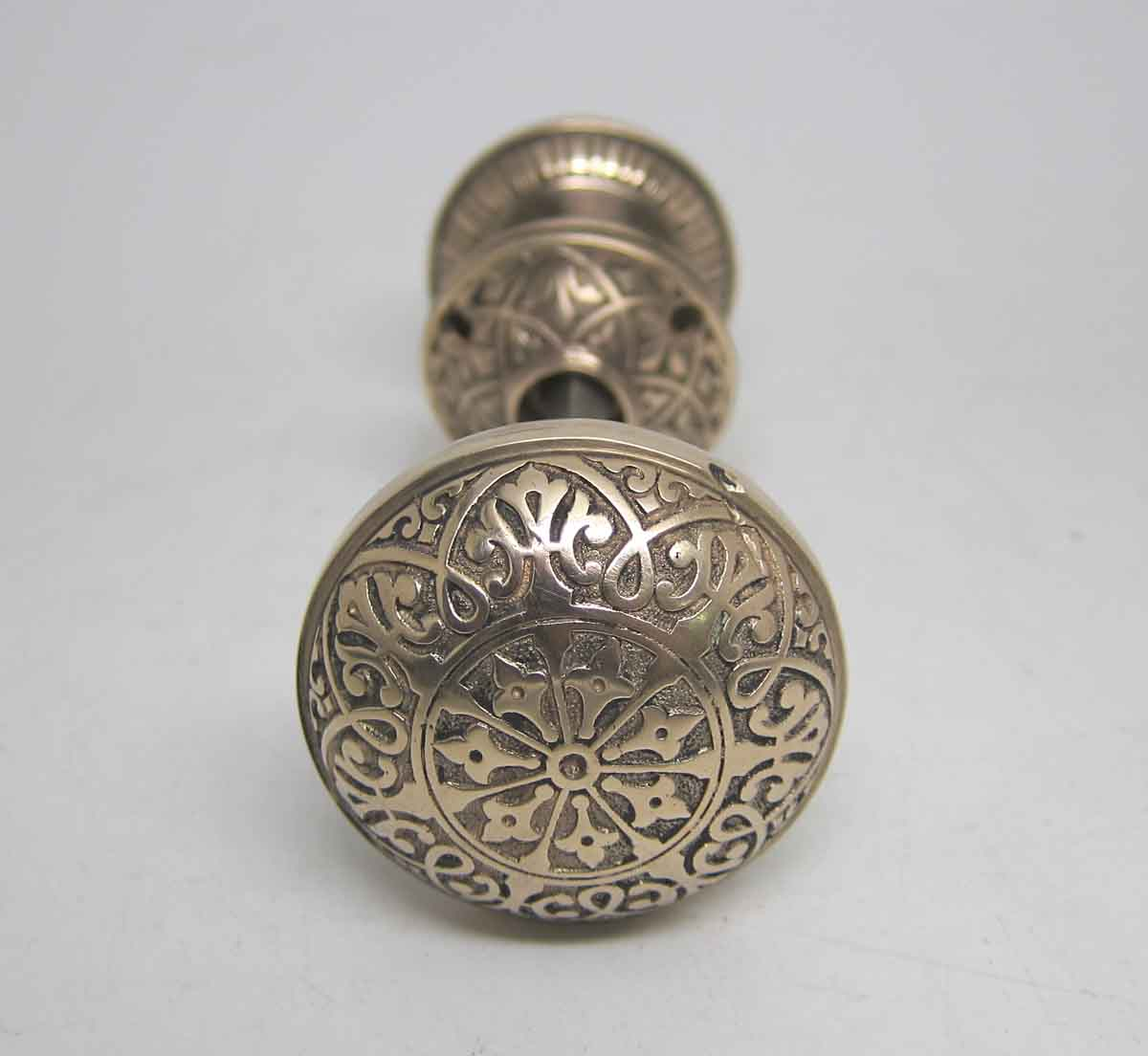 Decorative Bronze Seven Fold Door Knob Set