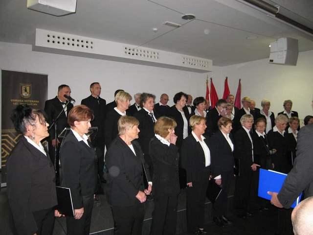 Ogulin.eu Koncert HPD-a Klek u crkvi Svetog Križa