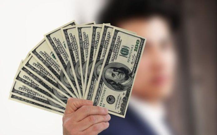 dolari novac placa pixabay 1