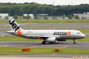 JetStar A320-200 (成田→千歳)