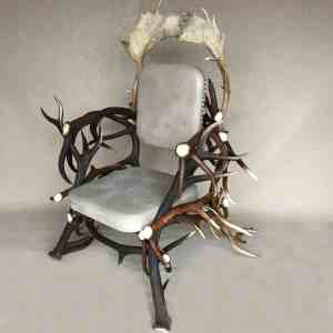 Geweih Stuhl aus Rothirsch und Damhirsch Geweihen, johannes fork, oh my deer, geweih stuhl