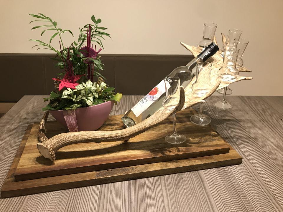 Schnapsglashalter aus Damhirschgeweih, hirschgeweih deko, damhiisch schnapshalter, geschenke für Jäger, personalisierte Geschenke, deko