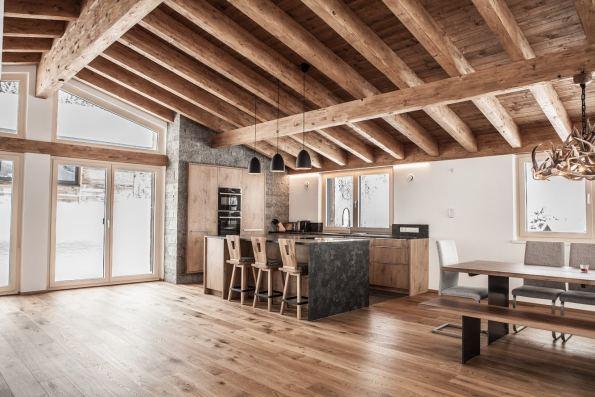 geweihluster von oh my deer geweih lampen aus echten geweih. Black Bedroom Furniture Sets. Home Design Ideas