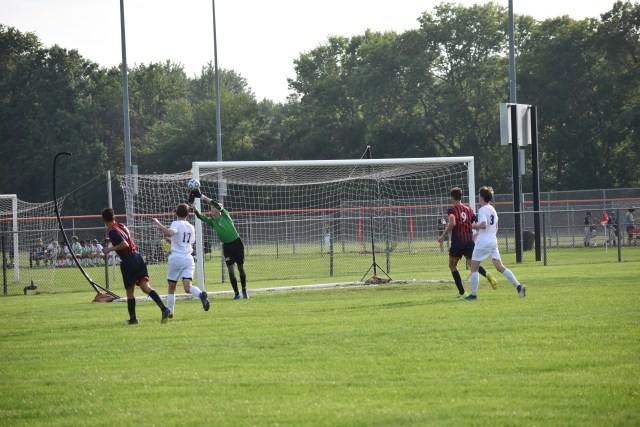 Cepeda fires a shot but is deflected wide by a diving effort of OE goalie Owen Kiilsgaard