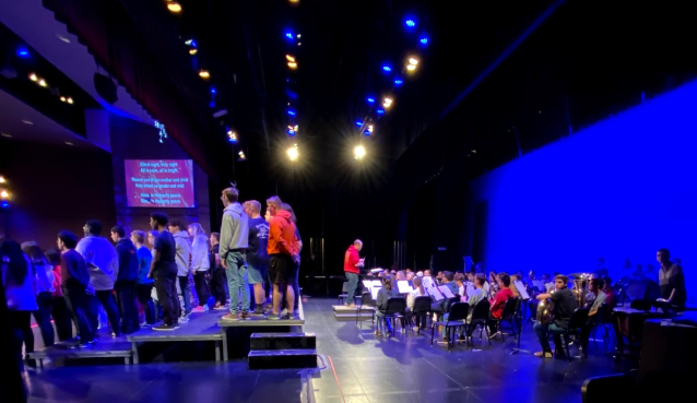 Oswego students break out in song during the Crystals rehersal.
