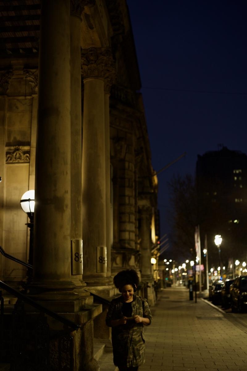 Read more about the article 徒歩圏内で楽しく暮らせる街、バーミンガムの中心地で夜の写真撮影をしてみた:イギリス滞在日記3回目、その3