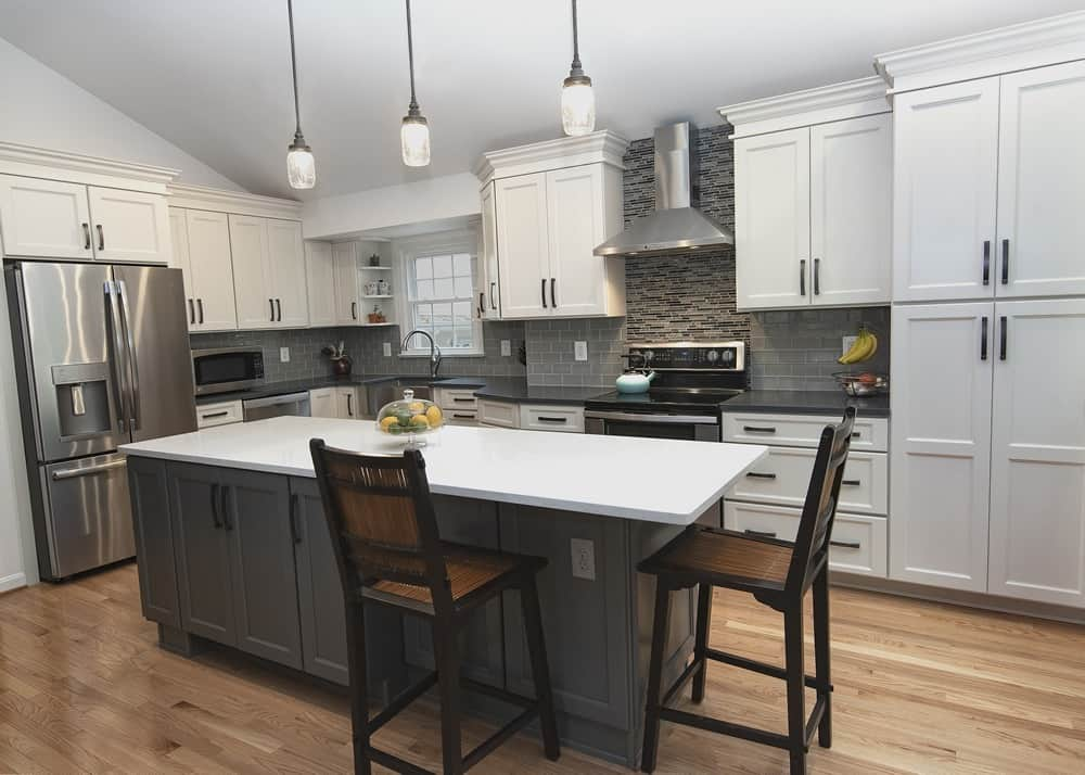 White Upper Cabinets