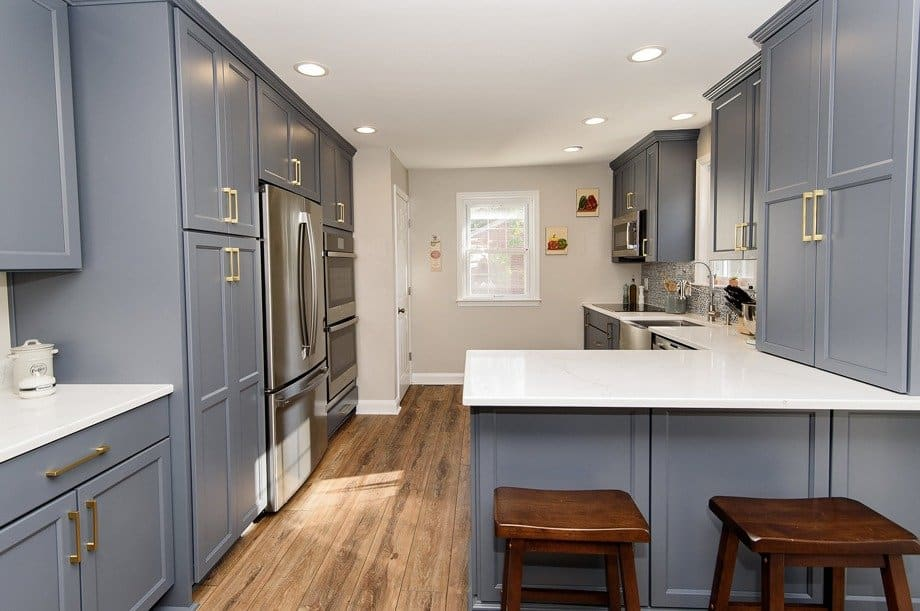 Modernize An Outdated Kitchen
