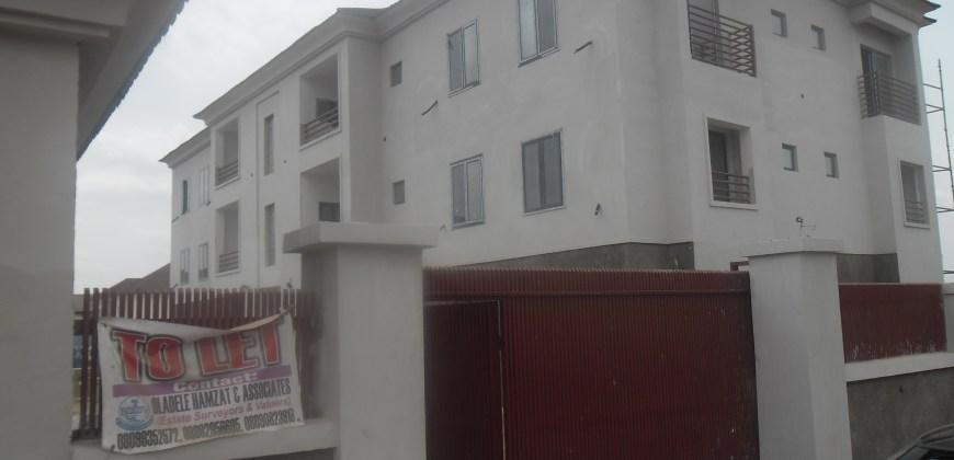 3 Bedroom Flat & Apartment