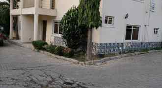 4 Bedroom Semi-Detached Duplex with 1 Room Boy's Quarter