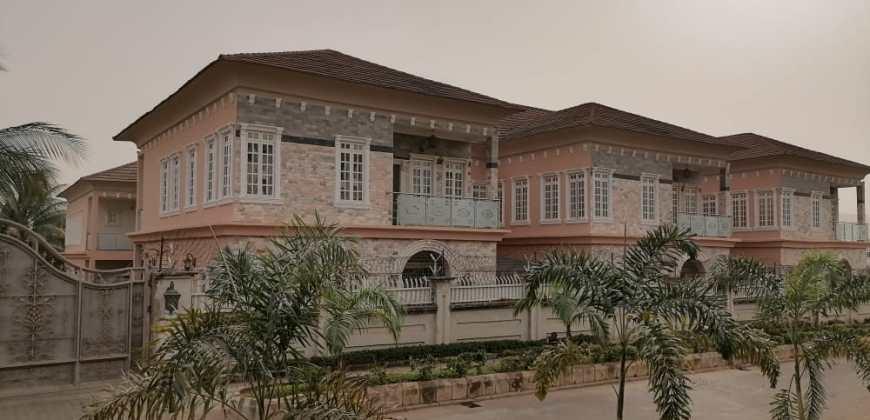 Luxury 5 Bedroom Terrace Duplex With 1Room Boy's Quarter