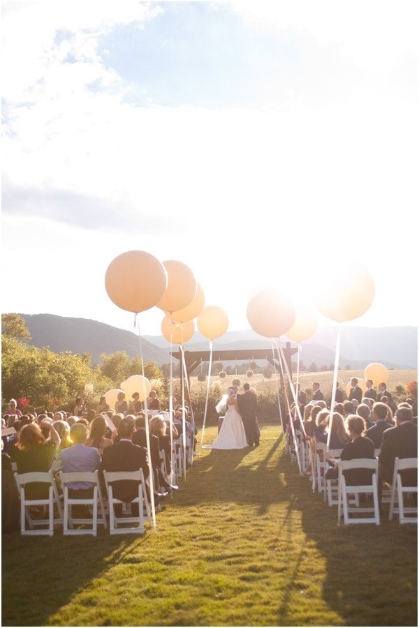 16 Romantic Wedding Decoration Ideas with Balloons  Page 2 of 3  Oh Best Day Ever