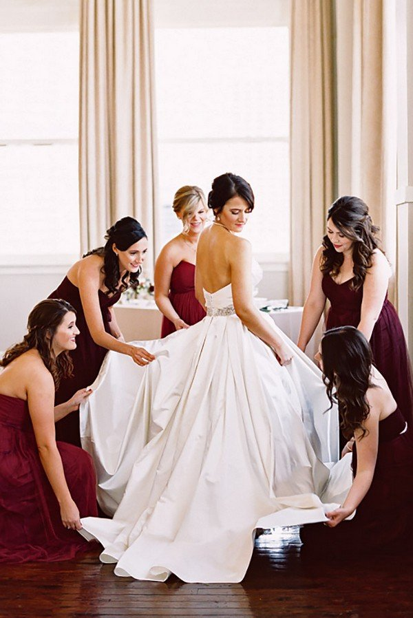 14 Must Have Wedding Photo Ideas with Your Bridesmaids  Page 2 of 2  Oh Best Day Ever