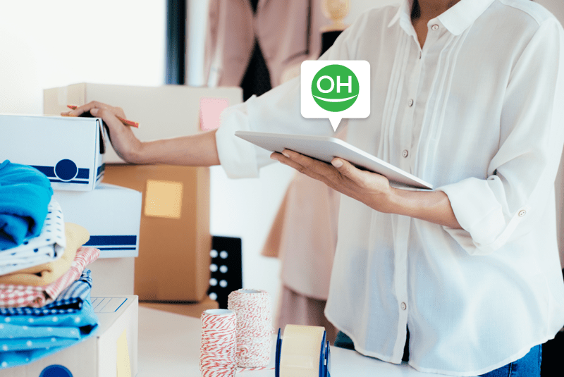 Chatbots and Human Beings for Sales