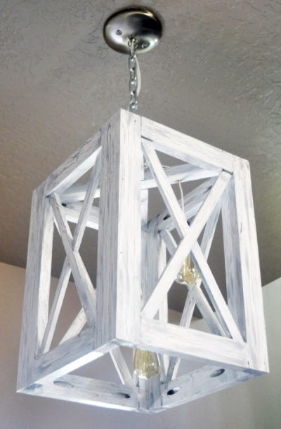 DIY Weathered Farmhouse Light - DIY Rustic Farmhouse Decor Projects for Your Country Chic Cottage. Joanna Gaines would even be amazed at how easy these DIY farmhouse decor ideas are! Click to find out more today!