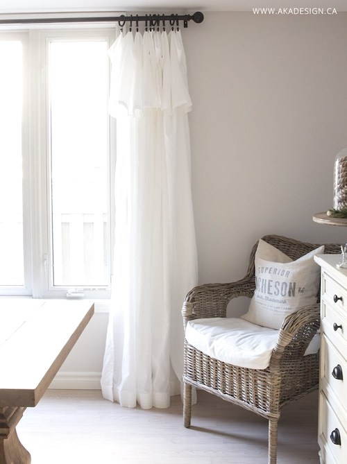 DIY Inexpensive Farmhouse Curtains - Here are the best Ikea farmhouse 2019 decor projects to easily makeover your furniture. These awesome farmhouse Ikea hacks will bring a rustic style to your living room, guest bedrooms, kitchen and bathroom. Including DIY projects to copy Pottery Barn items and many Ikea last dresser hacks.