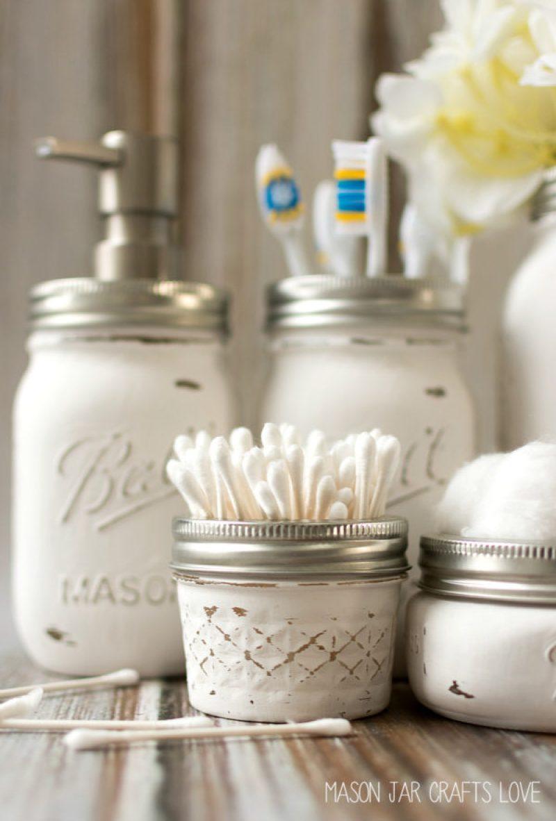Mason Jar Bathroom Set - Incredibly Clever Mason Jar Organization Ideas. Organize your entire home using mason jars. #masonjars #masonjar #masonjarorganization #organization #diyhomedecorideas #masonjarcrafts