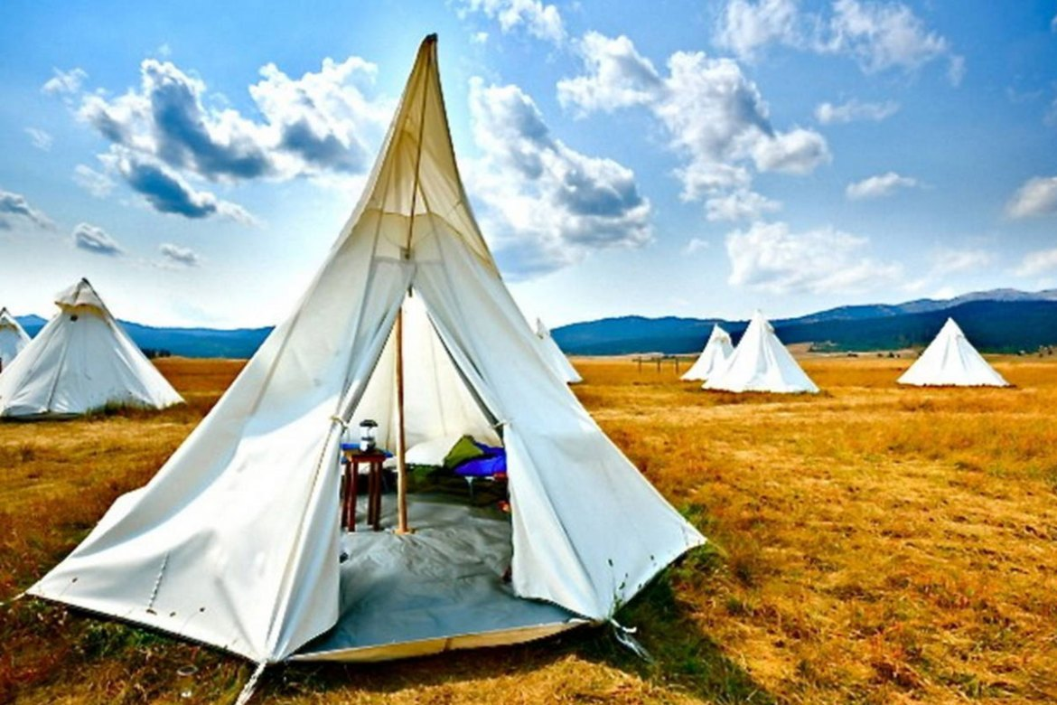 AirBnB Yellowstone Tipi