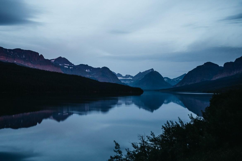 Soluppgång vid Many Glacier | Glacier National Park | Montana, USA