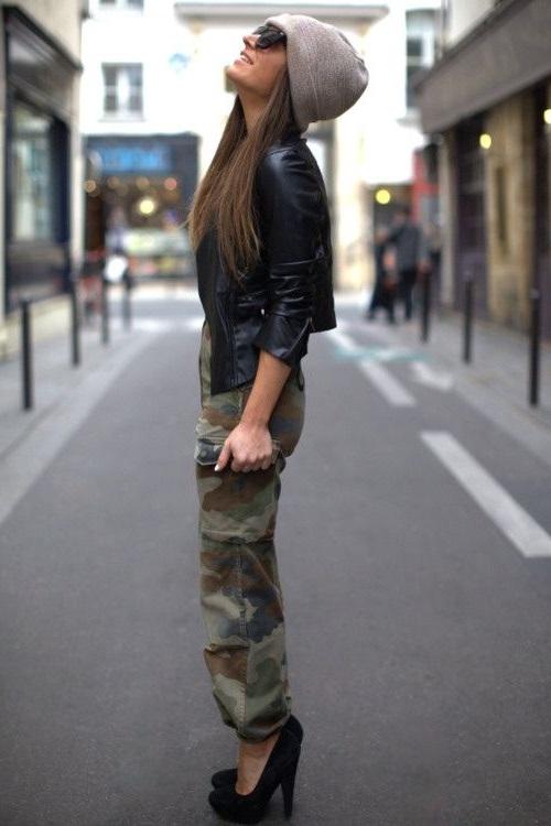Кожаная куртка в стиле милитари фото